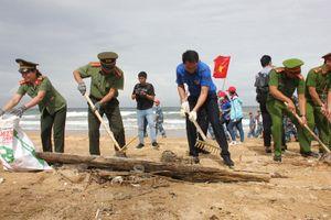 Hơn 1.280 tấn rác thải gom từ chiến dịch 'Hãy làm sạch biển'