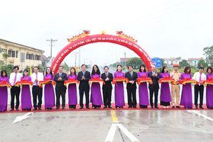 Chính thức thông xe cầu Văn Lang nối liền Hà Nội - Phú Thọ