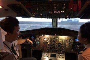 Sớm chủ động tự đào tạo phi công ở trong nước
