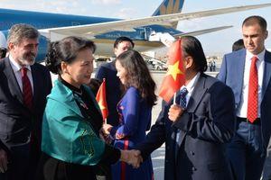 Chủ tịch Quốc hội Nguyễn Thị Kim Ngân đến Thủ đô Ankara, bắt đầu thăm chính thức CH Thổ Nhĩ Kỳ