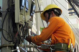 Thực hiện các biện pháp đảm bảo an toàn điện trong mùa mưa bão