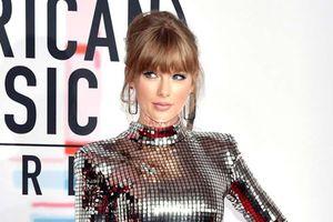 Taylor Swift nổi bật giữa dàn sao trên thảm đỏ 'American Music Awards 2018'