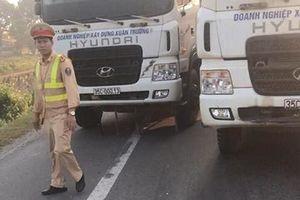 Xử phạt đoàn xe dàn hàng ngang chống đối CSGT