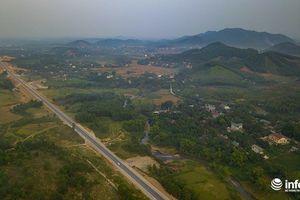 Thông xe tuyến đường cao tốc 3000 tỷ xuyên rừng núi Tây Bắc