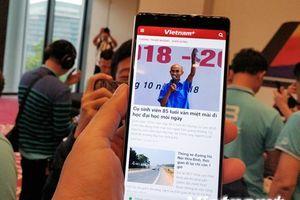 Bkav công bố smartphone không 'virus,' màn hình tràn đáy