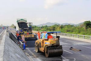 Khẩn trương khắc phục hư hỏng đoạn BOT QL1 qua Khánh Hòa