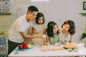 Tan chảy với bộ ảnh gia đình của Lưu Hương Giang - Hồ Hoài Anh
