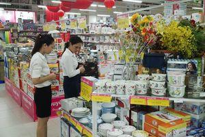 Doanh thu bán lẻ hàng hóa 9 tháng ước đạt 2.433,1 nghìn tỷ đồng