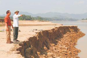 Giải pháp nào để hạn chế tình trạng sạt lở bờ sông Mã, đoạn qua xã Cẩm Vân?