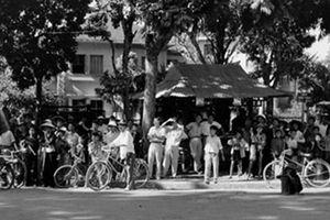 Những hình ảnh về 'Hà Nội vui như hội ngày giải phóng' 64 năm trước