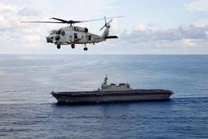 Tham quan JS Kaga - tàu sân bay trực thăng sạch nhất của Nhật Bản