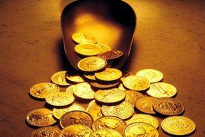 Giá vàng hôm nay 11.10: Giới đầu tư bỏ chạy, vàng tiếp tục 'lình xình'