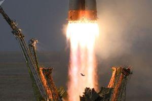 Nổ trong tàu vũ trụ Nga, phi hành đoàn hạ cánh bất thường xuống trái đất
