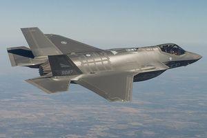 Nga chuyển S-300 cho Syria, Mỹ vội nâng cấp 'tia chớp' F-35