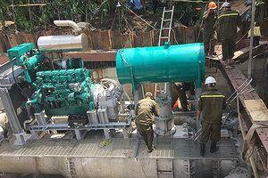 Tiếp tục thuê máy bơm 'khủng' chống ngập đường Nguyễn Hữu Cảnh