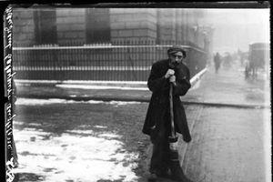 Cuộc sống ở London đầu thế kỷ 20 trông thế nào?