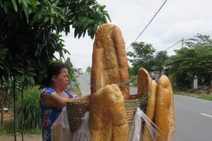 Bánh mì khổng lồ nổi tiếng ở An Giang biến mất đầy bí ẩn