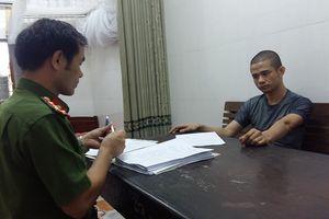 Nghi phạm ôm lựu đạn cố thủ ở Nghệ An bị khởi tố 3 tội danh