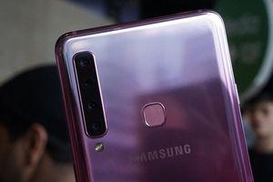 Cận cảnh smartphone Galaxy A9 trang bị đến 4 camera ở mặt sau