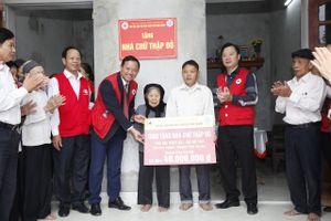 BẢN TIN THANH NIÊN: Bàn giao 13 nhà Chữ thập đỏ trị giá trên 2 tỷ