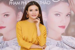 Phạm Phương Thảo chắt chiu từng đồng làm liveshow, sợ 'không còn manh áo để mặc'