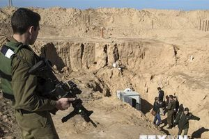 Israel phá hủy đường hầm tấn công của Hamas ở Dải Gaza