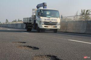 Bộ trưởng GTVT: Cao tốc Đà Nẵng - Quảng Ngãi hư hỏng là do chất lượng, lập tức dừng thu phí, khắc phục ngay, xử lý trách nhiệm
