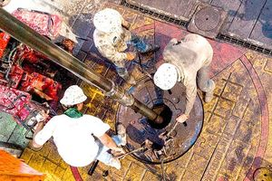Quyền lực dầu mỏ: Bàn tay OPEC và Hoa Kỳ