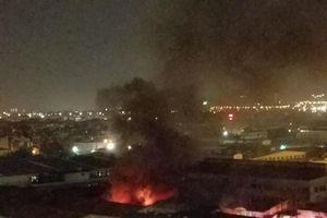 Cháy lớn tại xưởng sản xuất đồ chơi trẻ em, cột khói cao hàng chục mét