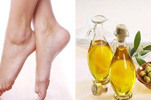 5 công thức trị gót chân nứt nẻ hiệu quả đến bất ngờ