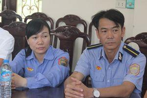 Khen thưởng hai nhân viên gác chắn đường sắt ở Thanh Hóa
