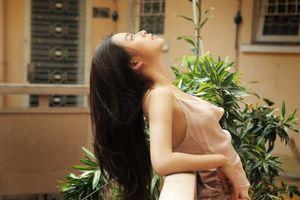 Hoàng Thùy Linh khoe nhan sắc xinh đẹp, gợi cảm ở ngưỡng tuổi 30