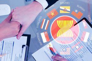 'Giong buồm' vào ASEAN, muôn vàn kiểu ra khơi!