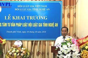 Nguyên phó Viện trưởng VKSND tỉnh Nghệ An làm giám đốc Trung tâm tư vấn pháp luật