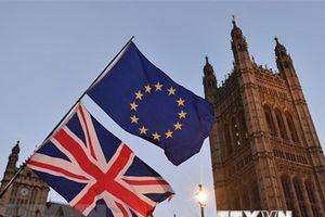 Thủ tướng Anh thông báo gần đạt được thỏa thuận Brexit