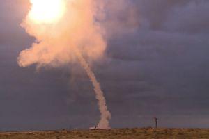15 quả tên lửa S-300 Nga xé gió phá hủy 7 mục tiêu trên không