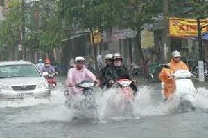 Dự báo thời tiết 12/10: Không khí lạnh gây mưa lớn diện rộng ở Trung Bộ
