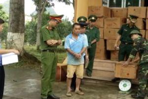 Cao Bằng: Bắt giữ đối tượng vận chuyển hàng tấn pháo nổ