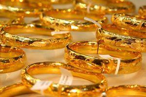 Giá vàng ngày 12/10: Bất ngờ tăng mạnh