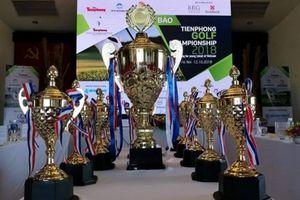 Tiền Phong Golf Championship 2018: Cúp luân lưu khắc tên nhà vô địch