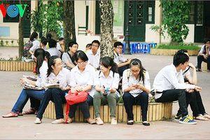 Hà Nội thay đổi phương án thi vào lớp 10, học sinh đi học gần kín tuần