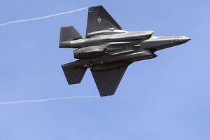 Mỹ 'đắp chiếu' toàn bộ siêu chiến cơ tối tân F-35
