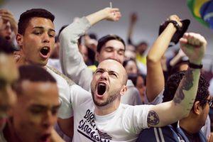 Brazil chìm trong bạo lực và thù hận trước ngày bầu cử tổng thống