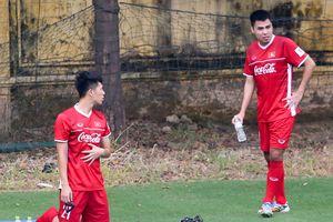 Đức Huy bị đau, bỏ dở buổi tập với đội tuyển Việt Nam
