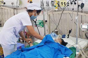 Bé gái 14 tuổi bị điện giật khi dạo bến Ninh Kiều