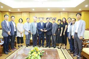Tăng cường phát triển mối quan hệ hợp tác hữu nghị tốt đẹp giữa HNB Việt Nam và HNB Hàn Quốc