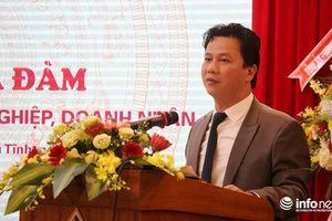 Chủ tịch Hà Tĩnh: Ai ngồi đây nhũng nhiễu DN, hãy nói ngay cho tôi!