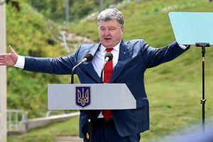 TT Poroshenko ra lệnh bắn trả Donbass bằng mọi vũ khí, Nga lên tiếng