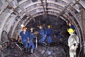 Quảng Ninh: Tụt lò than, 1 công nhân tử vong, 2 người bị thương