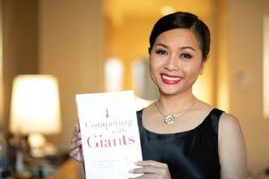 'Cô gái tỷ đô' Trần Uyên Phương: 'Tình yêu là động lực cho ra đời cuốn sách Competing with Giants'